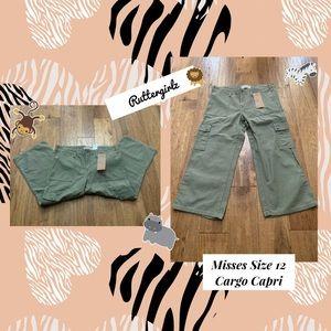 Misses Cargo Capri Pants Size 12